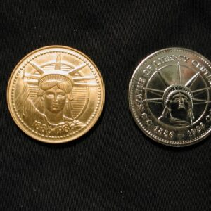 1986 Statue of Liberty 100th Anniversary Commemorative Souvenir Coins set of 2