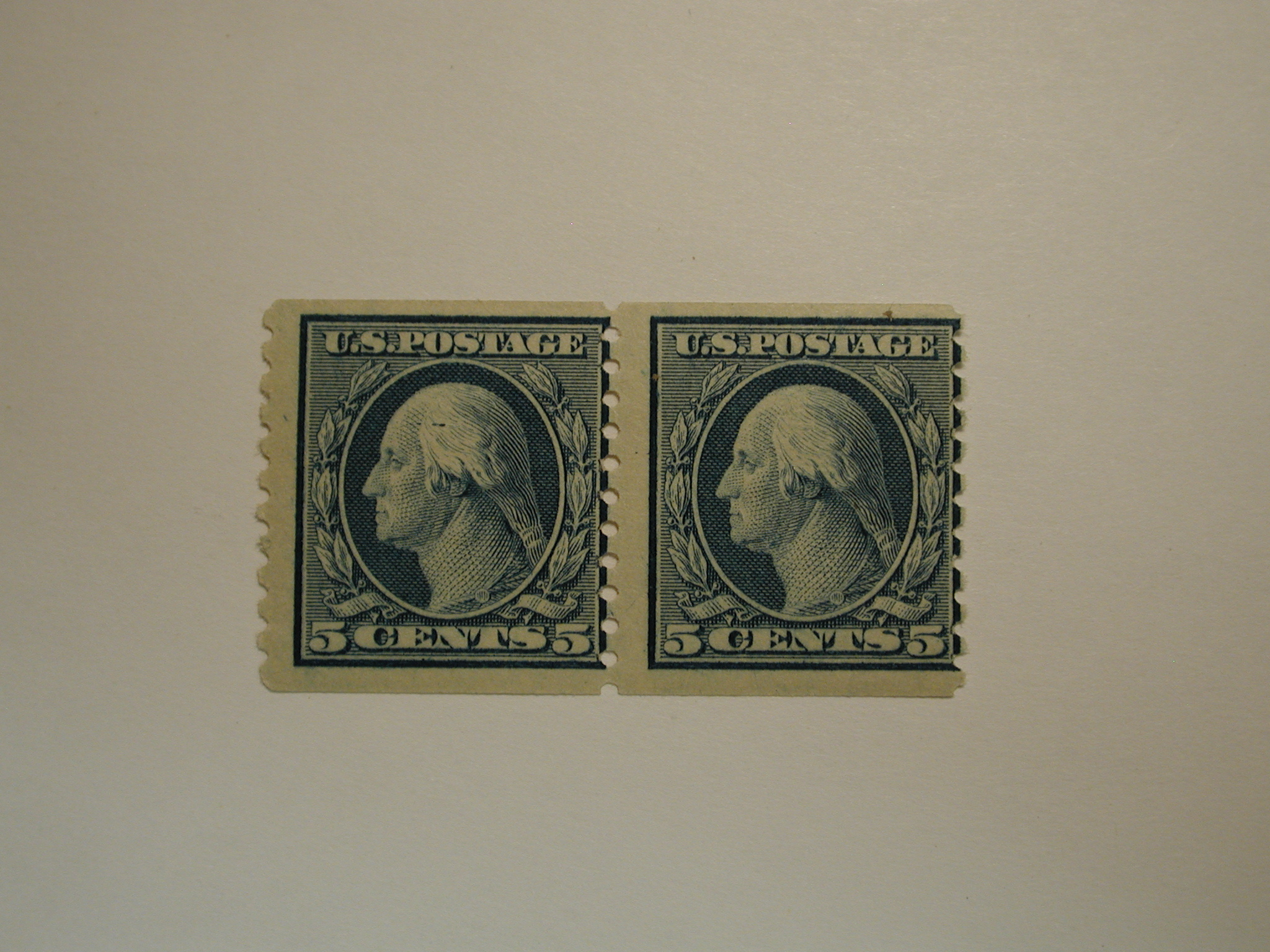 1914 - Blue Pair George Washington 5 Cent Stamp US #447 NH Cat. Val $220