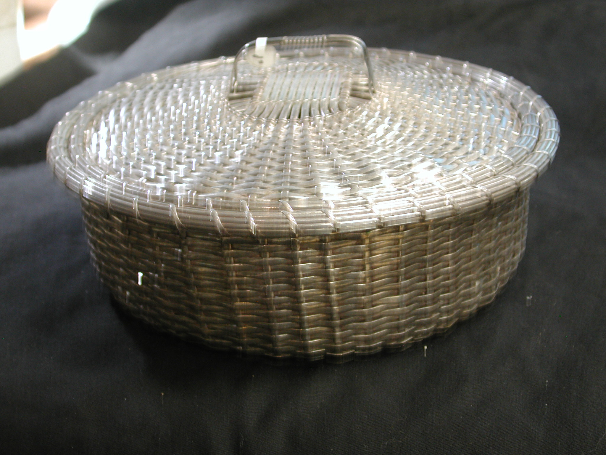 Woven Silver Plated 8 1 2 Inch Round Basket With Lid