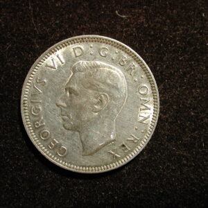 Great Britain 1942 World Coin One Shilling KM #854 ASW .0909 / XF