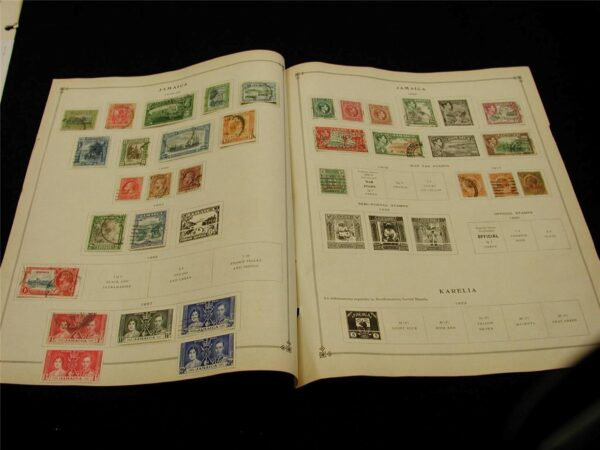 Jamaica 1900 - 1938 Small Collection of 42 stamps some mint and used hinged