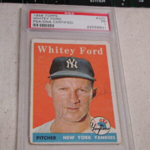 1958 Whitey Ford Signed #320 Topps PSA/DNA Certified PR 1