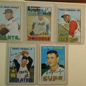 1967 Topps Lot of 5 Baseball Cards 83-168-221-325-330