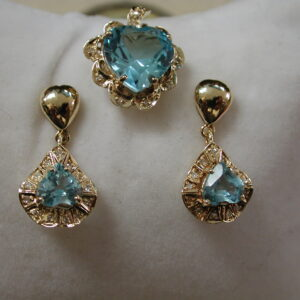 14KT Heart 8 Carat Blue Topaz & Diamond dangling Earrings & Pendant