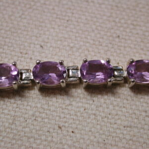 Sterling oval Amethyst bracelet 20+ carats 8 inches long